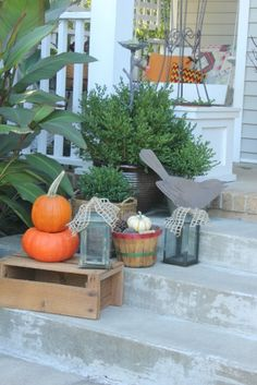 decorate my front porch for fall   fall front porch11
