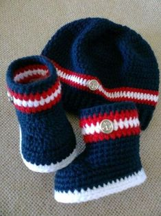 Crochet Child Hats Child crochet hat and booties black grey and by CreArtTextiles Crochet Baby HatsThis Pin was discovered by Ros A Nordic-inspired baby booties pattern! Crochet Baby Boy Hat, Crochet Hats For Boys, Knit Baby Booties, Crochet Baby Clothes, Newborn Crochet, Baby Knitting, Knitted Baby, Summer Knitting, Knitting Ideas