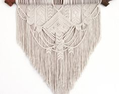 Etsy の Ancestral weave Macrame wall hanging by AncestralStore