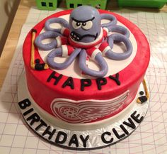 Detroit Red Wings cake.