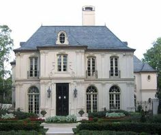 Best Ideas French Country Style Home Designs 18 (Best Ideas French Country Style Home Designs design ideas and photos French Style Homes, Country Style Homes, French Home Styles, European Style Homes, French Cottage, French Country House, French House Plans, Country Houses, French Architecture