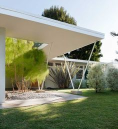 Gregory Ain, mid-century modern, Los Angeles, CA Mid Century House, Mid Century Style, Mid Century Design, Mid Century Exterior, Modern Exterior, Beautiful Buildings, Modern Design, Smart Design, Midcentury Modern