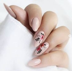 Nude floral nails black red natural - - Nude floral nails black red natural Nails for dayssss Trendy Nails, Cute Nails, Manicure E Pedicure, Dream Nails, Nagel Gel, Flower Nails, Creative Nails, Perfect Nails, Black Nails