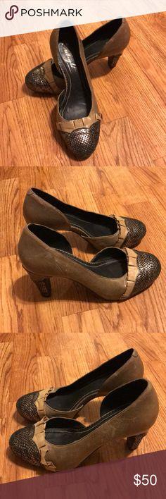 Miss Albright Heels Size 6  <div class=