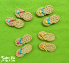 Flip Flop Cookies with a FREE Printable...great for End of Year School Parties & Teacher Appreciation Gifts!