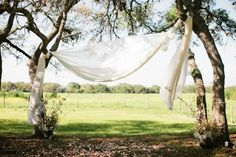 Simple and stunning ceremony inspo at this Texas villa venue.