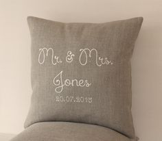 Mr. and Mrs. pillow, Wedding pillow, Personalized pillow, Family name pillow, Linen pillow with embroidery