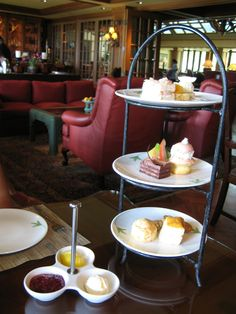 Four Seasons The Lodge at Koele, Lanai: Tea Room - Snack Tray