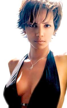 Halle Berry, luv her with short hair