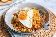 Quick Healthy Meals, Healthy Dinner Recipes, Healthy Food, A Food, Good Food, Arroz Frito, Huevos Fritos, Atkins Recipes, Indonesian Food