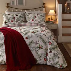 Fusion Winter Foliage Christmas Reversible Duvet Cover Set, White, Single