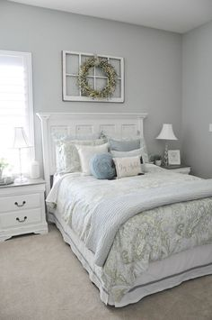 Small Master Bedroom Ideas for Couples Decor. The ideas presented in this article will be of great use while you are preparing to decorate a master bedroom, especially if you have a small master bedroom. Small Master Bedroom, Master Bedroom Makeover, Master Bedroom Design, Master Bedrooms, Bedroom Designs, Bedroom Decor Master For Couples, Spare Bedroom Ideas On A Budget, Spare Bedroom Colour Ideas, Bedroom Ideas For Couples On A Budget