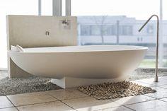 Freistehende Badewannen machen jedes Bad zu einem ganz besonderen Highlight