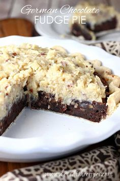 German Chocolate Fudge Pie Recipe: A rich, brownie-like pie filling is topped with a traditional German chocolate frosting in this decadent chocolate pie that's loaded with pecans and coconut. German Chocolate Frosting, Chocolate Fudge Pie, German Chocolate Pies, Decadent Chocolate, Dessert Chocolate, Chocolate Chocolate, Köstliche Desserts, Holiday Desserts, Dessert Recipes