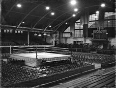The boxing arena is all set for the heavy weight championship against Max Baer.