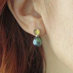 Green pearl drop earrings silver, Citrine stud earrings. Metallic pearl dangle earrings, Freshwater pearl unique earrings Custom Earrings, Unique Earrings, Earrings Handmade, Handcrafted Jewelry, Citrine Earrings, Silver Drop Earrings, Pendant Earrings, Minimalist Earrings, Minimalist Jewelry