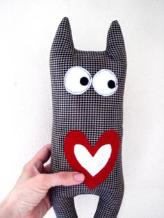 Monster in Love by cronopia6 on Etsy, $14.00