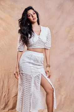 Bollywood Actress Kiara Advani 's Latest & hot images, Pictures, wallpapers Bollywood Photos, Bollywood Girls, Indian Bollywood, Bollywood Celebrities, Bollywood Fashion, Bollywood Style, Beautiful Bollywood Actress, Most Beautiful Indian Actress, Beautiful Actresses
