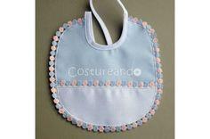 Spanish Baby Clothes, Baby Bibs, Weaving, Pique, Bebe, Bibs, Loom Weaving, Crocheting, Knitting