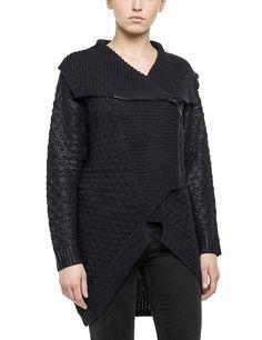 Strickjacken    Diese modische Strickjacke mit Rollkragen aus dem Hause Replay ist perfekt für kühle Tage!    Außenmaterial: 50% Poyacryl, 40% Wolle, 10% Mohair...