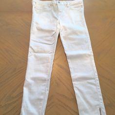 Calvin Klein Cropped White Jeans Size 6 | Calvin Klein, White ...