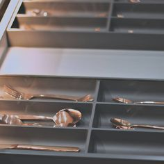 How satisfying is a perfectly organised drawer!  Visit www.linearconcepts.co.za to view our kitchen designs.  #minimalistkitchens #luxurykitchens #kitchendesigns #kitchentrends #luxurydesigns #luxuryliving #italiankitchens #dreamkitchens #exclusivekitchens #bespokekitchens #contemporarykitchens #designerkitchens #minimalistkitchens Bespoke Kitchens, Modern Kitchens, Luxury Kitchens, Kitchen Trends, Kitchen Designs, Luxury Living, Drawer, Minimalist, Luxury Life