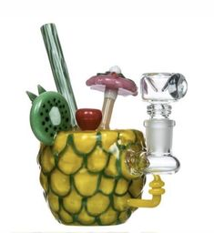 Is your stoner toolbox a little empty these days? This site is a collection of new stoner gadgets, weed accessories, weed games, weed pipes and other fancy stoner products that will enhance your smoking arsenal. Weed Pipes, Pipes And Bongs, Cool Bongs, Water Bongs, Hippie Shop, Glass Water Pipes, Dab Rig, Glass Bongs, Smoking Accessories