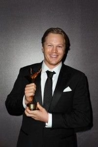 Luke Ford Photos Photos - Luke Ford poses for a photograph with his award for Best Supporting Actor in a Television Drama during the Annual AACTA Awards Ceremony at The Star on January 2014 in Sydney, Australia. Aacta Awards, Latest Pics, Pictures, March, Image, Fashion, Photos, Moda, Fashion Styles