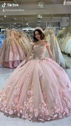 Xv Dresses, Quince Dresses, Ball Gown Dresses, 15 Anos Dresses, Blue Ball Gowns, Pretty Quinceanera Dresses, Pink Wedding Dresses, Beautiful Dresses, Pretty Dresses