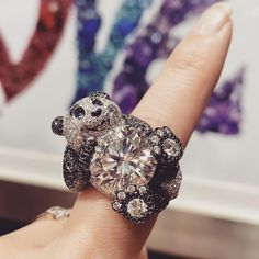 """Delia Shum on Instagram: """"最愛熊貓🐼🥰 Chopard Panda ring set in Fairmined-certified ethical white gold, 12.1cts round shape brilliant-cut diamond. @chopard #chopard…"""" Panda Ring, Chopard, High Jewelry, White Gold, Shapes, Diamond, Rings, Instagram, Ring"""