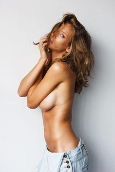 #blondynka #sexy #laska #seksowna #dupeczka #cycki #cycuszki #bigtits #dupcia #zmarsa #brunetka