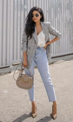 Party outfit jeans casual street styles ideas for 2019 Grey Blazer Outfit, Blazer Outfits Casual, Mom Jeans Outfit, Look Blazer, Heels Outfits, Fall Outfits, Cute Outfits, Plaid Blazer, Party Outfits