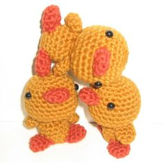 "patitos de circo (haciendo equilibrio)   Pattern in ""Amigurumi World: Seriously Cute Crochet"" by Ana Paula Rimoli"