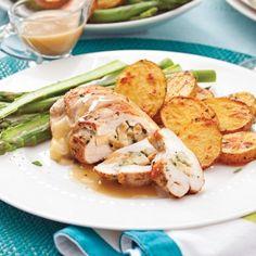 Poitrines de poulet pomme-cheddar, sauce à l'érable - Recettes - Cuisine et nutrition - Pratico Pratique