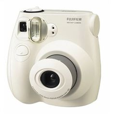 Top Rated Gear: Fujifilm Instax Mini Instant Film Camera Kit, (White) with Adorama Hard Case for Fuji Instax Mini Camera MFR: 16162434 KA. Instax Mini Film, Fuji Instax Mini, Fujifilm Instant Camera, Fujifilm Instax Mini 7s, Polaroid 600, Polaroid Cameras, Polaroid Photos, Instant Photo Camera, Distancia Focal