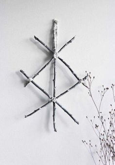 pagan viking wall-hanging, twigs rune with wool witchcraft magical decoration Protection . Witch Craft, Brindille, Wiccan Crafts, Viking Runes, Norse Runes, European Home Decor, Idee Diy, Book Of Shadows, Yule