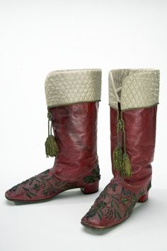 Morning boots that belonged to August, Duke of Dalarna, Sweden, 1870. Made of silk saffian with embossed embroidery.