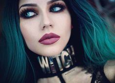 If you don't have any gothic fashion sense, this article is for you. There is absolutely no reason for you to look like a gothic fashion disaster. Victorian Goth, Gothic Steampunk, Goth Beauty, Dark Beauty, Women's Beauty, Gothic Girls, Sarah Marie Karda, Steam Punk, Diana Korkunova