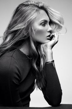 Photography Poses : – Picture : – Description If I had a Perfect nose… TheyAllHateUs Photo Portrait, Portrait Poses, Studio Portraits, Female Portrait, Beauty Portrait, Side Portrait, Perfect Nose, Black And White Portraits, Portrait Inspiration