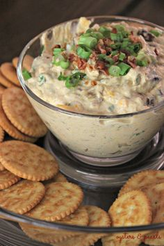 Savory Pumpkin Dip with Ritz Crackers - just made this and it is delish #friendsgiving