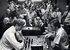 Bobby Fischer  Manhattan Chess Club 1971  The New York Gambit - The New York Times