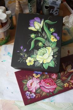 жостово, авторская роспись, чайная шкатулка