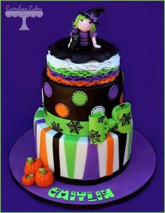 Halloween themed birthday cake www.facebook.com/i.love.cuteology.cakes