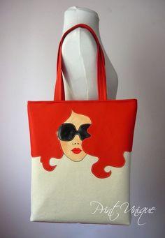 Rita – Purses And Handbags Diy Creative Bag, Creative Design, Painted Bags, Jute Bags, Patchwork Bags, Denim Bag, Cotton Bag, Handmade Bags, Purses And Handbags