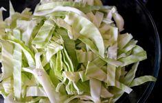 3 Νόστιμες Αγιορείτικες νηστίσιμες συνταγές για όλους! | ediva.gr Celery, Vegetarian Recipes, Cabbage, Vegetables, Food, Essen, Cabbages, Vegetable Recipes, Meals