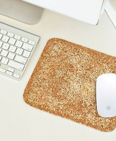 Sarah Dickerson Office Tour // office space // desk // glitter mouse pad // photography by @Sarah {Chic Sprinkles}