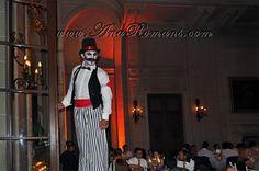 #zancos #Circo #Años20 en #palaciosanssouci #wedding cocktail #contenidosartisticos producido por www.anaromans.com #creativeevents