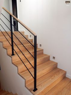 Remodeling Mobile Homes, Home Remodeling, Stairway Lighting, Stair Railing Design, Staircase Remodel, Interior Stairs, Modern Staircase, House Stairs, New Home Designs
