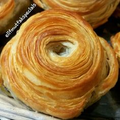 Image may contain: food Turkish Recipes, Greek Recipes, My Recipes, Dessert Recipes, Cooking Recipes, Healthy Recipes, Ramadan Desserts, Good Food, Yummy Food