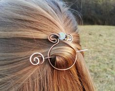 Metal hair barrette Celtic knot hair clip Rustic por FineMetalDust